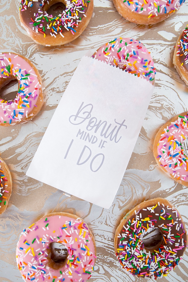 Print your own Donut Mind If I Do treat bags!