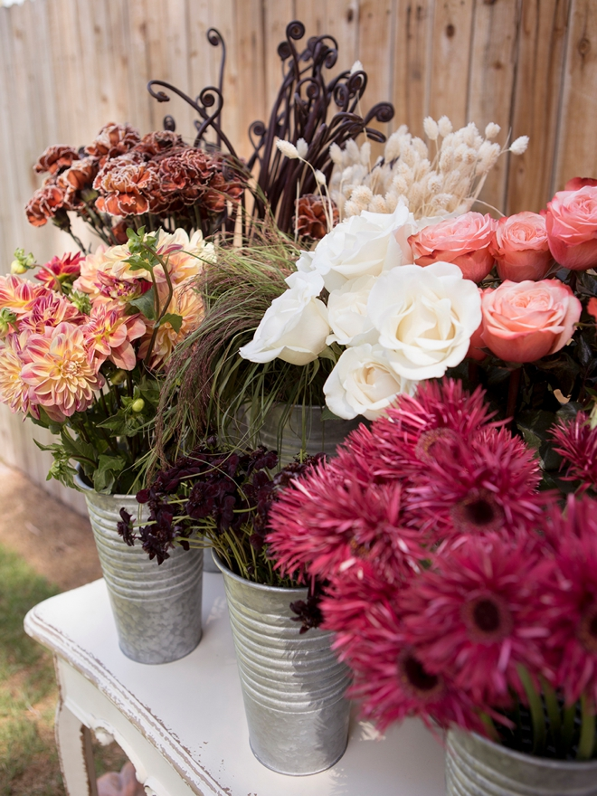Create this gorgeous fall bouquet bar for your special event!
