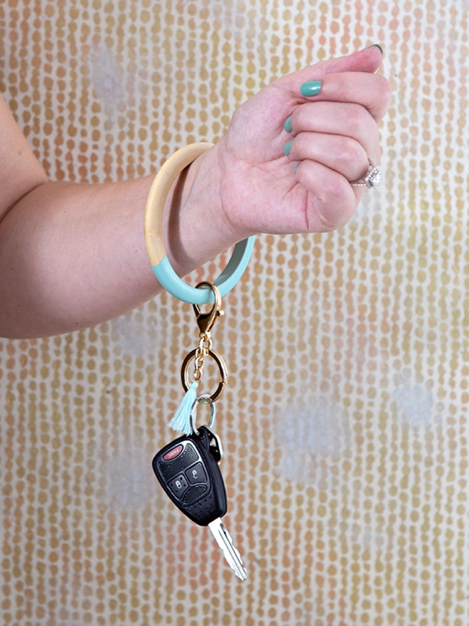 These trendy bangle keychain bracelets are super easy to make!