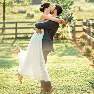 OMG! This wedding is SO dreamy and full of gorgeous details!