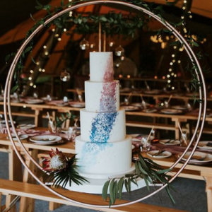 When it comes to wedding planning, sometimes the smallest details can make the biggest impact. Although it seems like a no-brainer, unique wedding cake stands can really bring your wedding style full circle. We've rounded up our top 20 most unique and dreamy wedding cake stands to help you get inspired!