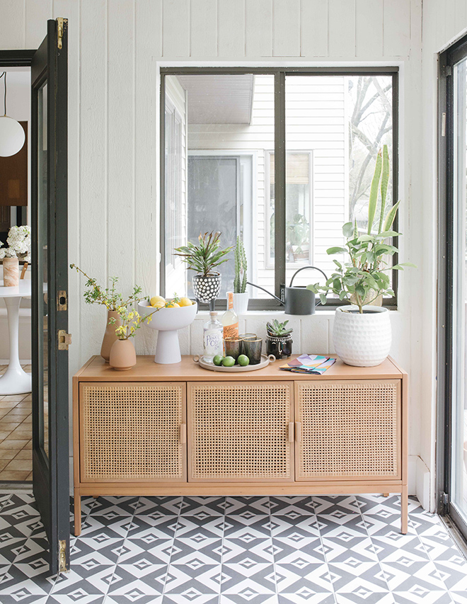 Bright and Modern Sunroom Makeover