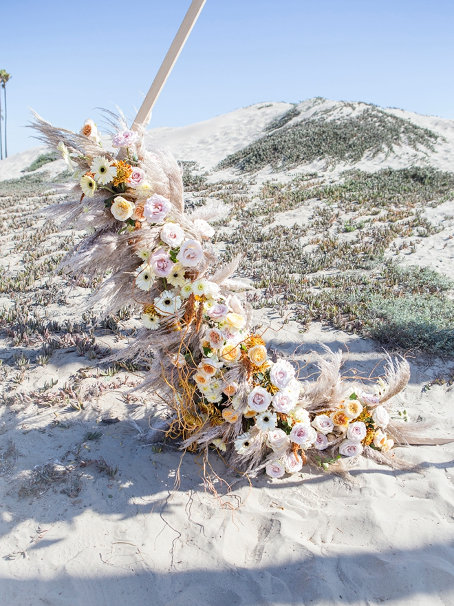 How to arrange your own wedding arch flowers, the easy way!