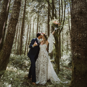 We're in LOVE with this handmade Summer Camp wedding on the blog now!