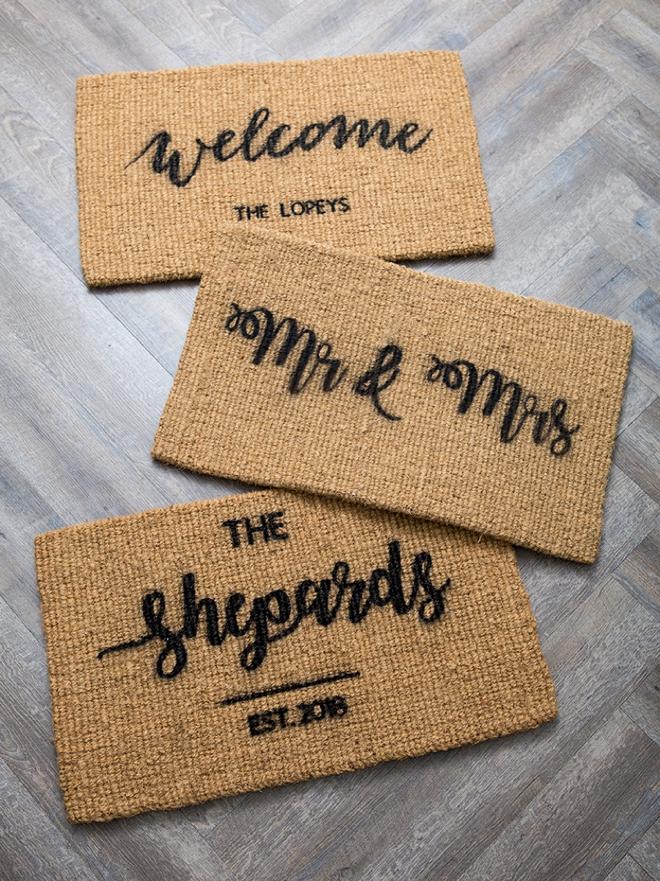 Custom stenciled door mats using your Cricut!