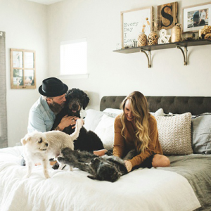 Looking for a cute photo idea after the wedding!? Check out Shea's dreamy at-home shoot with the pups!