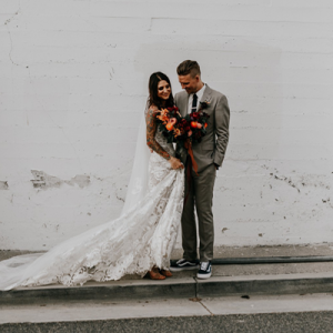 OMG! We're obsessed with this dreamy styled Cali wedding on the blog!