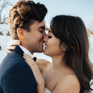 We're in LOVE with this Winter styled wedding on the blog today!