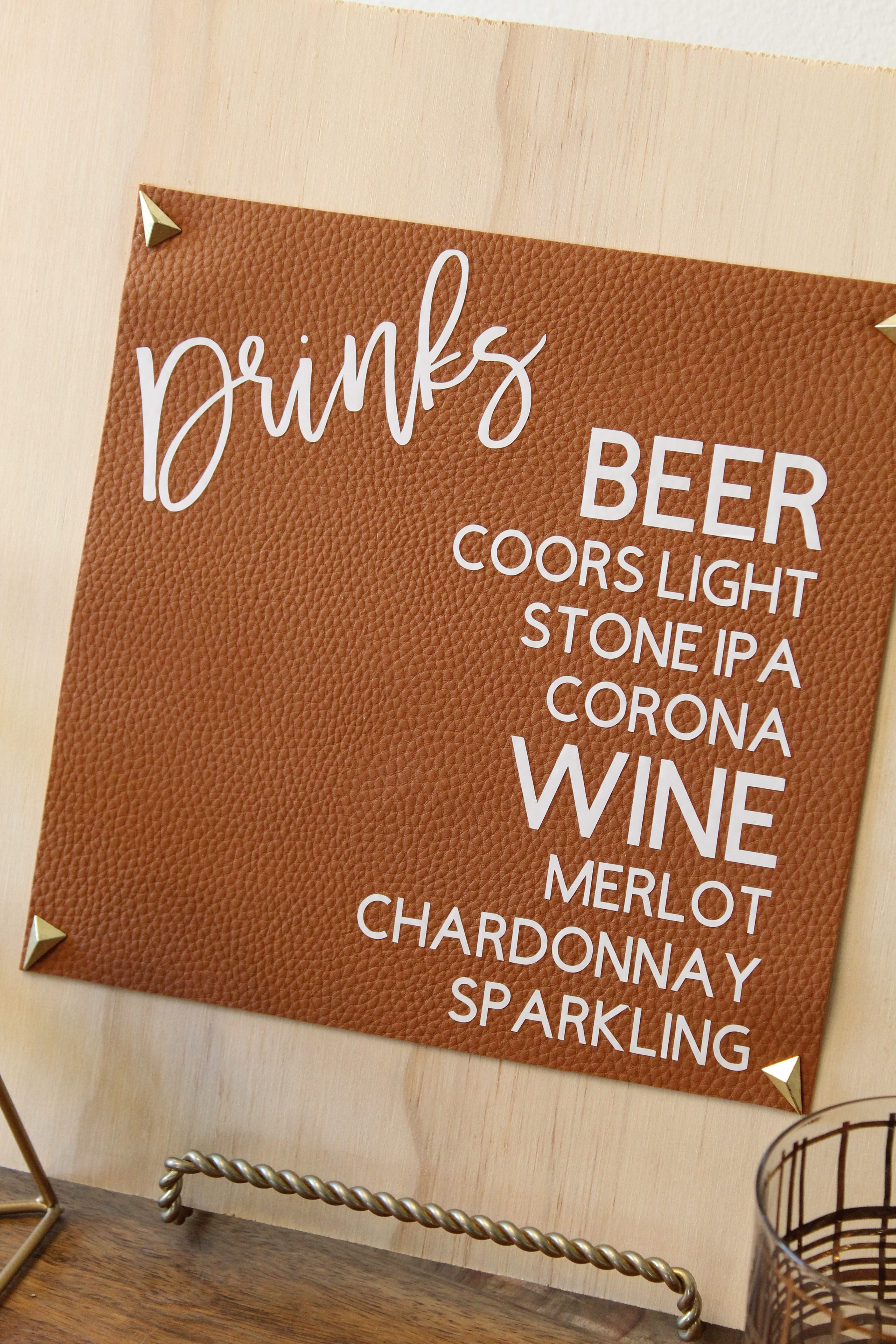 Create these Modern Leather Bar Menu's for your Wedding!