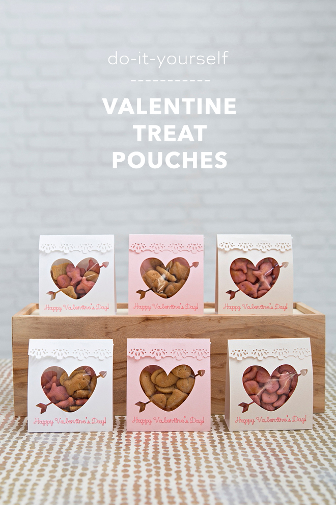 Make these adorable Valentine treat pouches for the classroom!