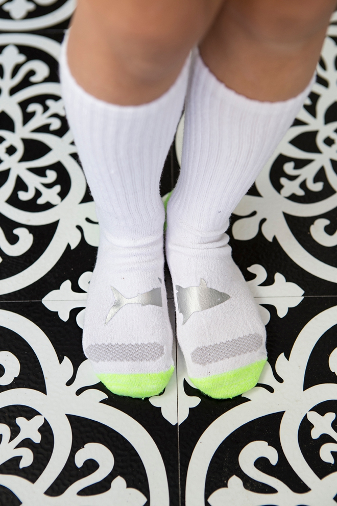 How to add fun shapes to your kids socks with Cricut!