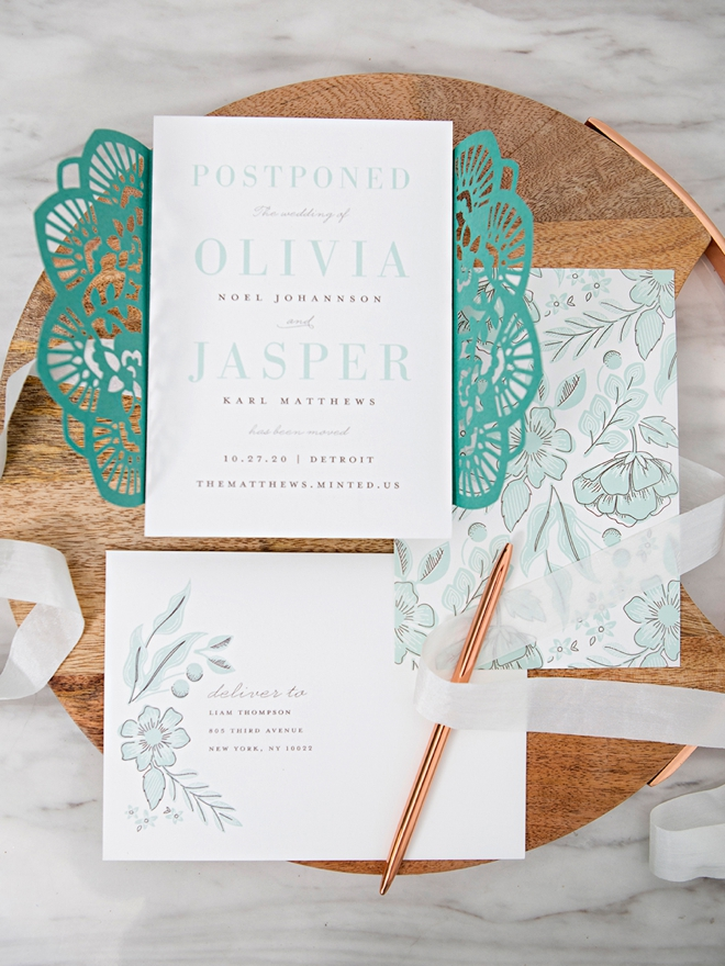 Learn how to make your own custom invitation wraps!