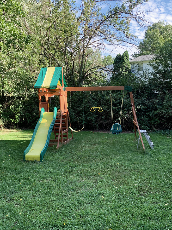 You have to see the after for this basic play set upgrade!