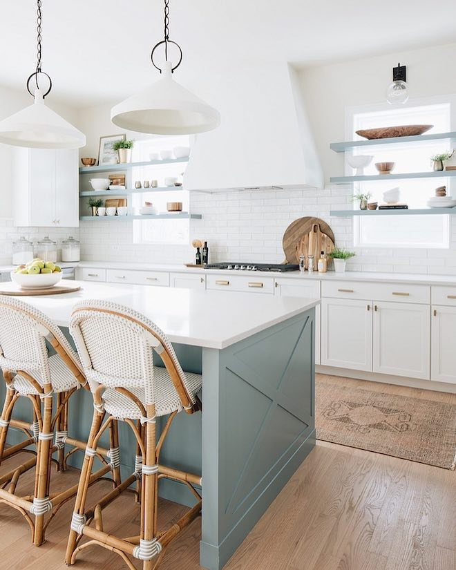 Always dreamed of having a serena and lily kitchen? I got you. I found a serena and lily riviera swivel stool copycat and it save you so much money! If you're decorating on a budget, copycats and dupes are a great way to get the look for less. #dupes #kitchen #reno #inspo #decor #bar