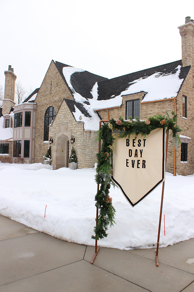 How darling is this simple Best Day Ever wedding banner!?