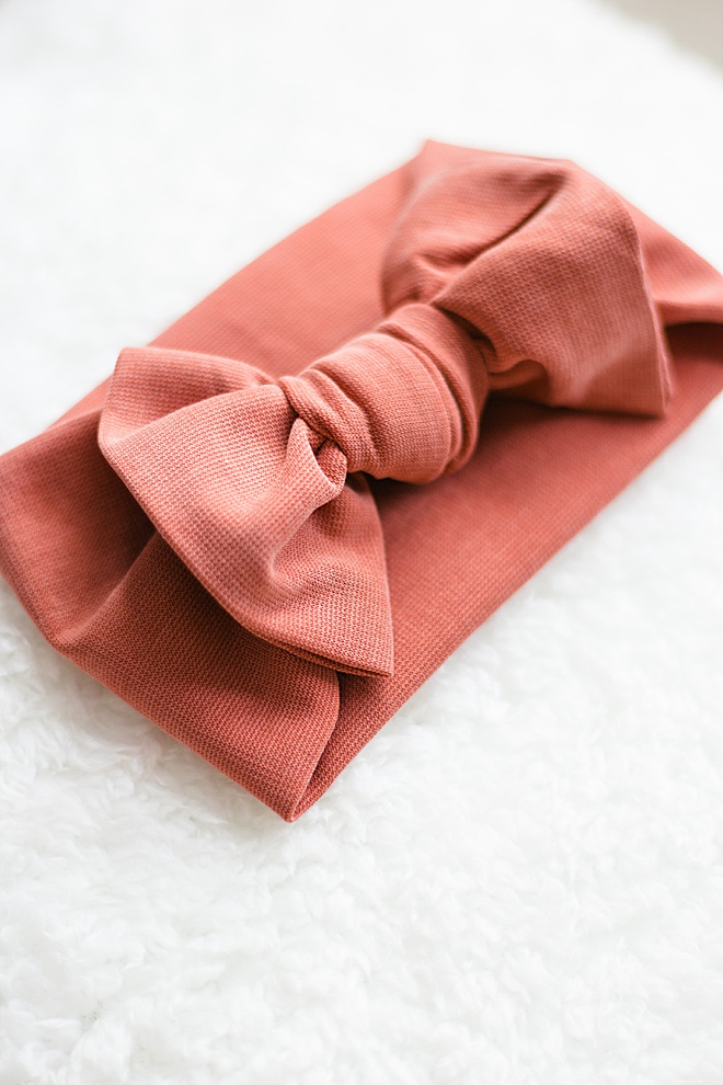 We made a super simple, no-sew tutorial for you to make these adorable bows for your baby!