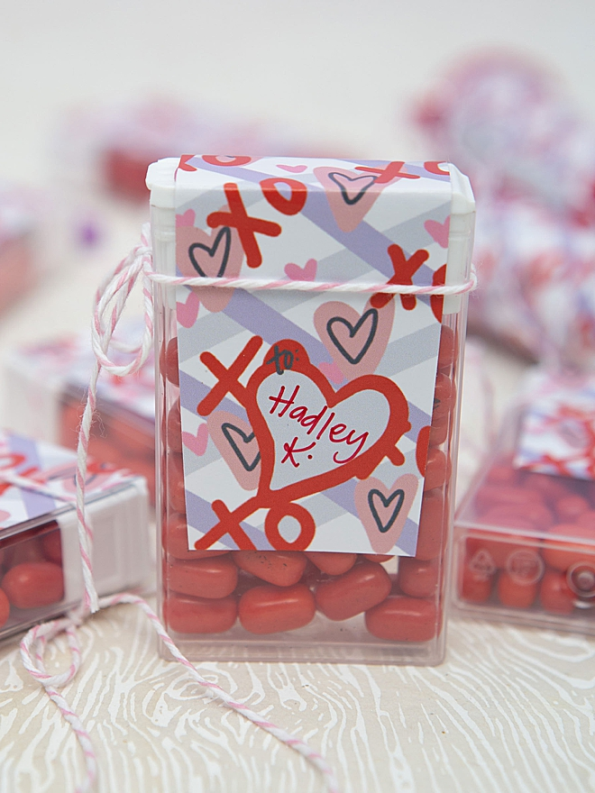 Free printable Valentine candy labels for Tic Tacs!