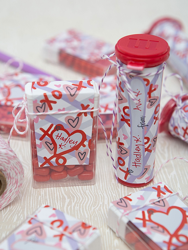 Free printable Valentine candy labels for mini M&M tubes!!