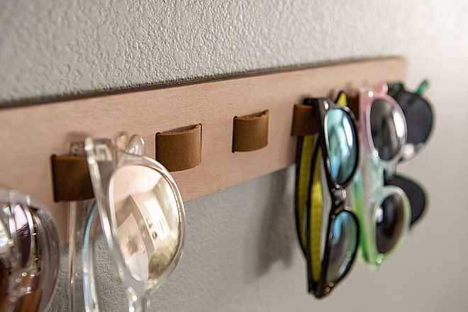 I used my Glowforge to make this awesome sunglasses holder!