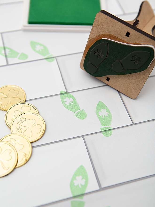 How to make your own Leprechaun footprints rubber stamp!