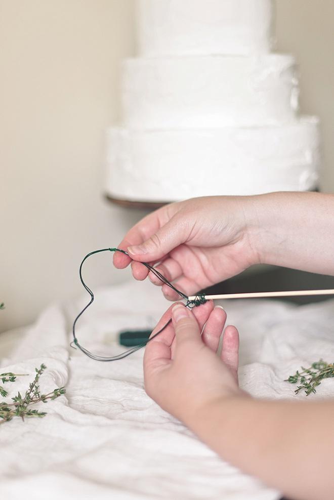 Easy DIY Wedding Cake Topper Ideas