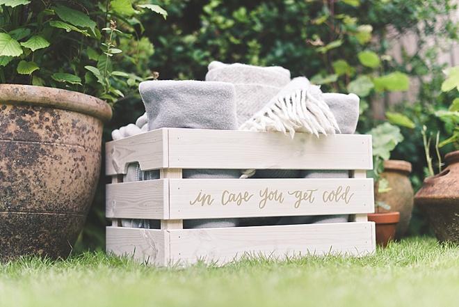 DIY Wedding Blanket Crate
